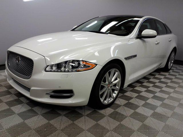 2015 JAGUAR XJ SERIES XJ 3.0 AWD Premium Luxury - CPO 6yr/160000kms manufacturer warranty included until March 30, 2021! CPO rates starting at 1.9%! Local One Owner Leaseback | No Accidents | Bluetooth | Memory Seats | Navigation | Wood/Leather Steering Wheel | Heated Front/ in Edmonton, Alberta