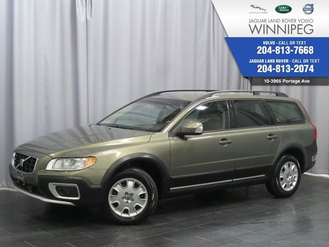 2009 VOLVO XC70 3.2L *INCLUDES FREE WINTER TIRE PACKAGE* in Winnipeg, Manitoba