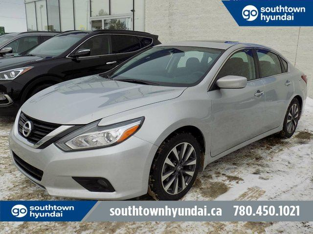 2017 NISSAN ALTIMA 2.5 SV/SUNROOF/HEATED SEATS/BACKUP CAM in Edmonton, Alberta