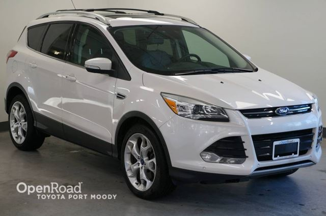 2013 FORD ESCAPE Titanium  Heated Leather Seats in Port Moody, British Columbia