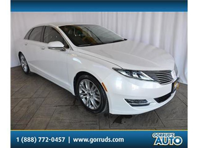 2013 LINCOLN MKZ 2.0L/ECOBOOST/HEATED LEATHER/BLUETOOTH/NEW TIRES in Milton, Ontario