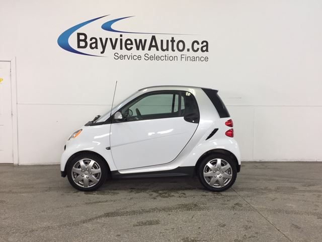 2013 SMART FORTWO - KEYLESS ENTRY! A/C! BLUETOOTH! LOW KM! in Belleville, Ontario