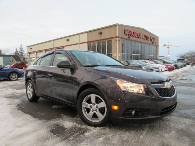 2014 Chevrolet Cruze 2LT, LEATHER, ROOF, ALLOYS, CAMERA! in Stittsville, Ontario