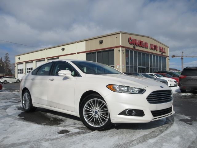 2015 Ford Fusion SE AWD, HTD. LEATHER, ROOF, NAV, 51K! in Stittsville, Ontario