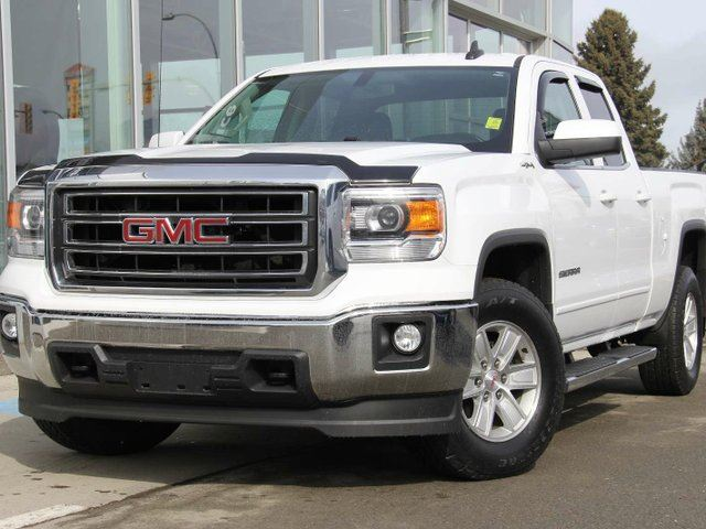 2015 GMC SIERRA 1500 SLE 4x4 Double Cab 6.6 ft. box 143.5 in. WB in Kamloops, British Columbia