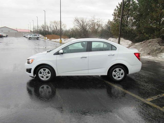 2014 CHEVROLET SONIC LT in Cayuga, Ontario