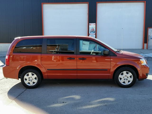 2008 DODGE GRAND CARAVAN SE w/3rd row stow&go in Jarvis, Ontario