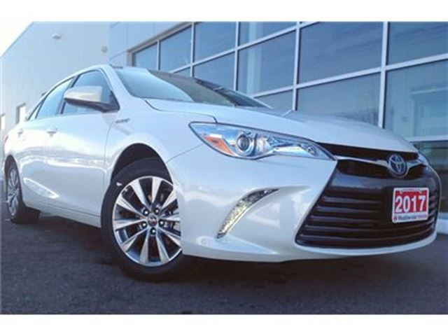 2017 TOYOTA CAMRY Hybrid XLE!! CLEAROUT !! in Mississauga, Ontario