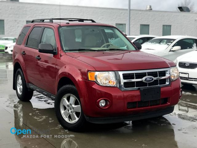 2011 FORD ESCAPE XLT FWD A/T No Accident Bluetooth AUX Cruise Co in Port Moody, British Columbia