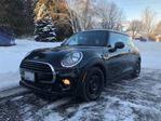 2016 MINI Cooper 3 Door w/Essentials Package in Mississauga, Ontario