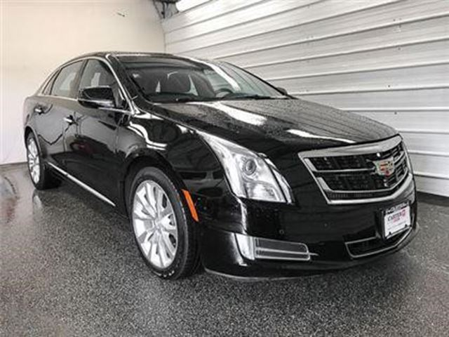 2017 CADILLAC XTS Luxury in North Vancouver, British Columbia