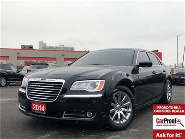 2014 CHRYSLER 300 TOURING**LEATHER**SUNROOF**8.4 TOUCHSCREEN** in Mississauga, Ontario