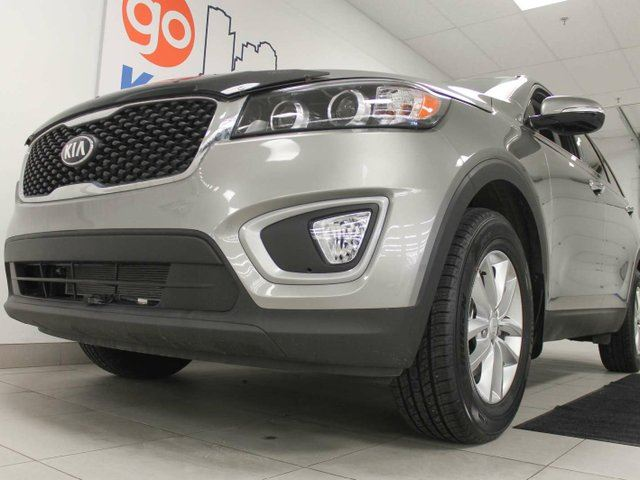 2018 KIA SORENTO 2.4L LX with heated seats and a back up cam in Edmonton, Alberta