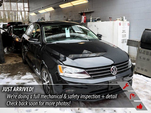 2015 VOLKSWAGEN GOLF 1.8 TSI Trendline in Port Moody, British Columbia