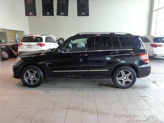 2013 MERCEDES-BENZ GLK-CLASS Base - Heated Leather Seats and Steering Wheel, B/U Cam and Sunroof! in Red Deer, Alberta