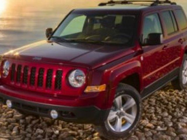 2017 JEEP PATRIOT 4WD HIGH ALTITUDE Accident Free, Leather, Sunroof, A/C, - Edmonton in Sherwood Park, Alberta