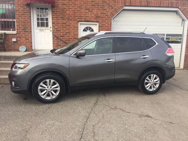2014 Nissan Rogue SV in Bowmanville, Ontario