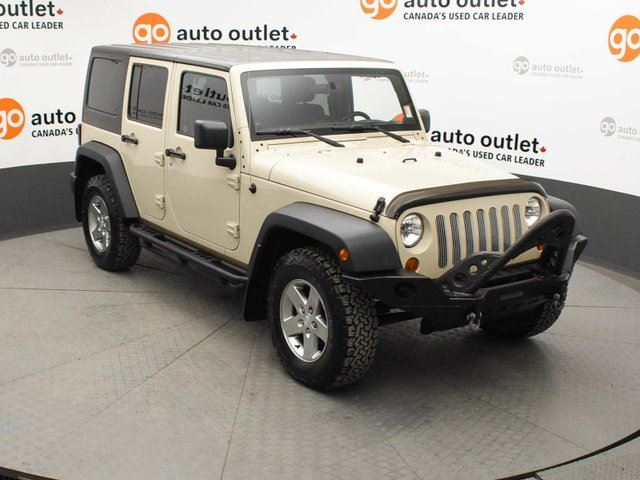 2012 JEEP WRANGLER Unlimited Rubicon 4x4 in Red Deer, Alberta