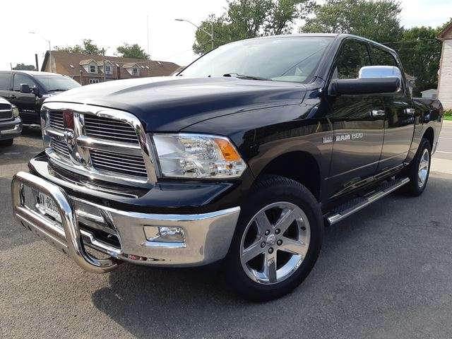 2012 Dodge RAM 1500 SLT 4x4 in Port Colborne, Ontario