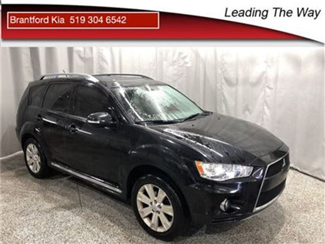 2010 MITSUBISHI OUTLANDER XLS   Leather   Sunroof in Brantford, Ontario