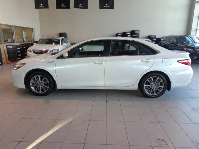 2016 TOYOTA Camry Hybrid LE 4dr Sedan - Heated Leather Seats, B/U Cam, Remote Start, Bluetooth in Red Deer, Alberta