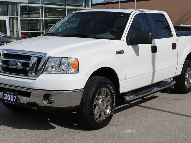 2007 FORD F-150 XLT Supercrew 4WD in Langley, British Columbia