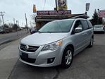 2009 Volkswagen Routan Execline in Scarborough, Ontario