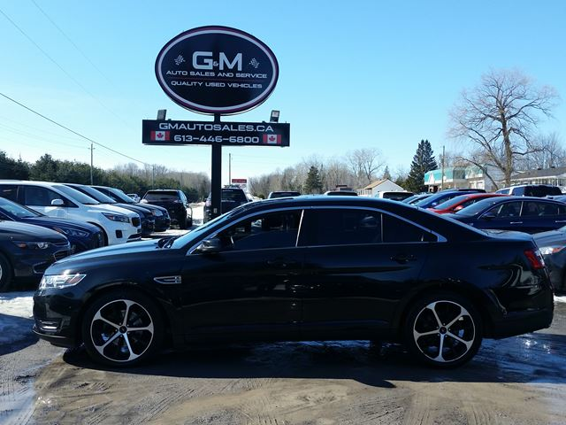 2014 Ford Taurus SEL in Rockland, Ontario