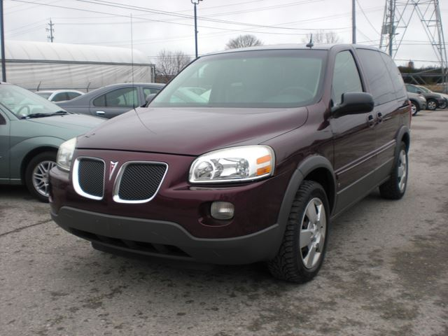 2006 Pontiac Montana SV6 w/1SA in London, Ontario