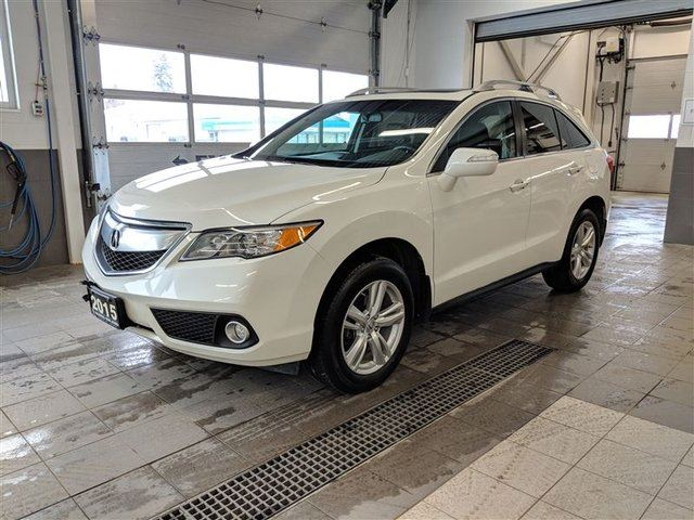 2015 ACURA RDX Leather Heated Seats/ Sunroof/Back up Camera in Thunder Bay, Ontario