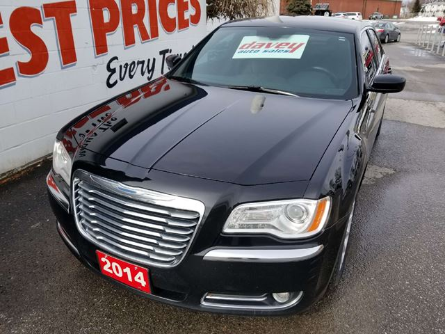 2014 CHRYSLER 300 Touring NAVIGATION, DUAL CLIAMTE, POWER HEATED LEATHER SEA in Oshawa, Ontario