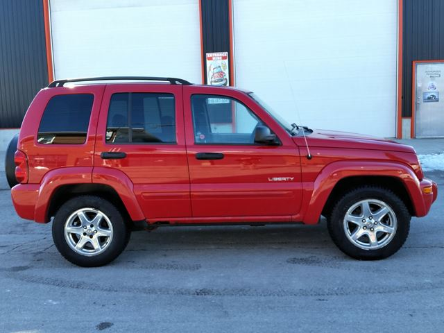 2004 JEEP LIBERTY Limited 4x4 in Jarvis, Ontario