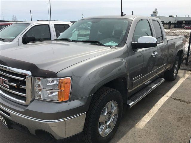 2012 GMC SIERRA 1500 SLT Extended Cab 4x4, Leather, Power Seat in Thunder Bay, Ontario