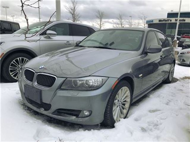 2011 BMW 3 SERIES 328I Xdriv in Barrie, Ontario