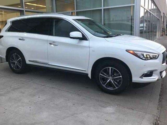 2017 INFINITI QX60 EXECUTIVE DEMO LUXRY PKG in Edmonton, Alberta