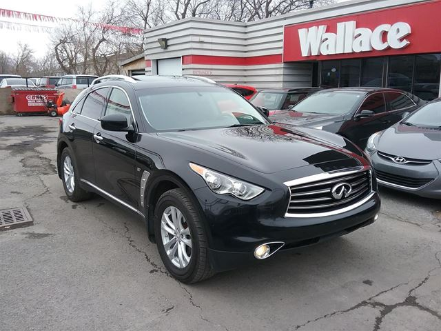 2014 INFINITI QX70  AWD Sunroof Loaded in Ottawa, Ontario