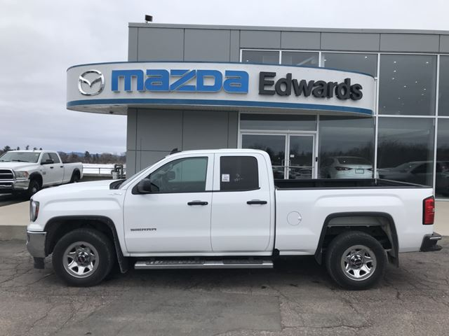 2016 GMC SIERRA 1500 Base in Pembroke, Ontario