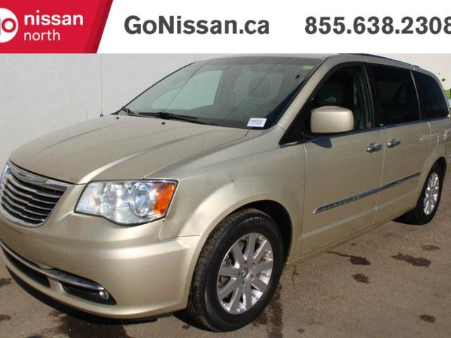 2012 CHRYSLER TOWN AND COUNTRY Touring: LEATHER, HEATED STEERING WHEEL, DVD, NAVIGATION. in Edmonton, Alberta
