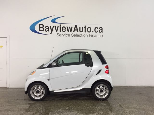 2013 SMART FORTWO - LOW KM'S! A/C! BLUETOOTH! BUDGET BUDDY! in Belleville, Ontario