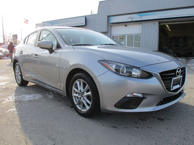 2014 MAZDA MAZDA3 GS-SKY BACK UP CAM, BLUETOOTH, ALLOY WHEELS in Kingston, Ontario