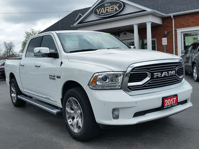 2017 Dodge RAM 1500 Limited 4x4, Leather Heated/Vented Seats, NAV, Sunroof, Air Suspension in Paris, Ontario