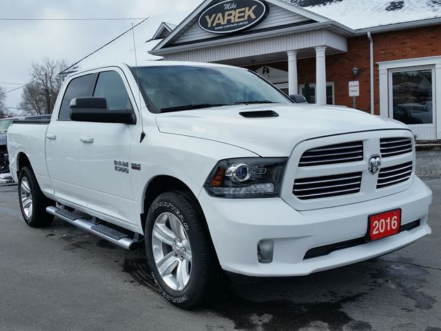 2016 Dodge RAM 1500 Sport 4x4, Heated Seats, Back Up Cam, Long Box, Tow Pkg, Remote Start in Paris, Ontario