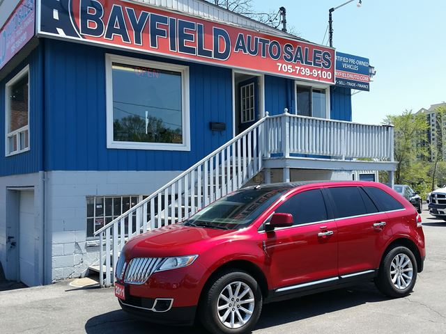 2011 LINCOLN MKX AWD **Navigation/Pano Roof/Remote Start** in Barrie, Ontario