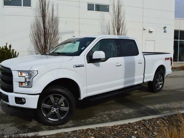 2017 FORD F-150 Lariat 4x4 SuperCrew Cab Styleside 5.5 ft. box 145 in. WB in Kamloops, British Columbia