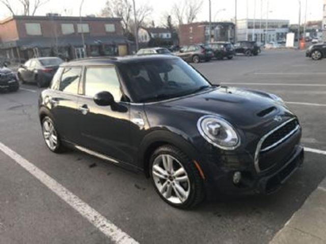2016 MINI COOPER  S LOADED, JCW Pack, Navi, LED, Wear Protect, Winter Tires in Mississauga, Ontario