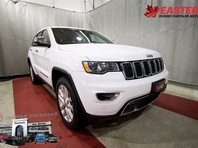 2017 JEEP GRAND CHEROKEE LIMITED LOADED LEATHER TOUCH SCREEN BACK UP CAMERA in Winnipeg, Manitoba