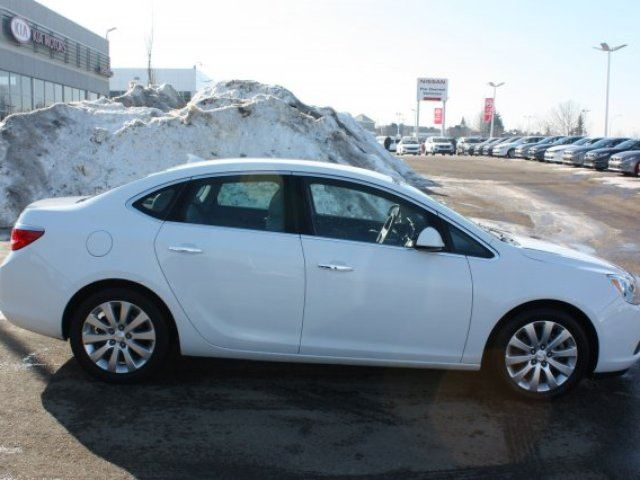 2014 BUICK VERANO LEATHER Accident Free, Leather, Bluetooth, A/C, - Edmonton in Sherwood Park, Alberta