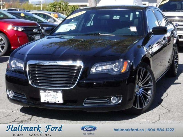 2013 CHRYSLER 300 S Hemi w Nav, Leather, Roof in Surrey, British Columbia