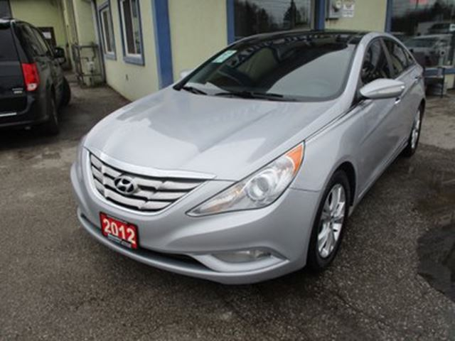2012 HYUNDAI SONATA LOADED LIMITED EDITION 5 PASSENGER 2.4L - DOHC. in Bradford, Ontario