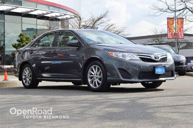 2014 TOYOTA Camry LE in Richmond, British Columbia
